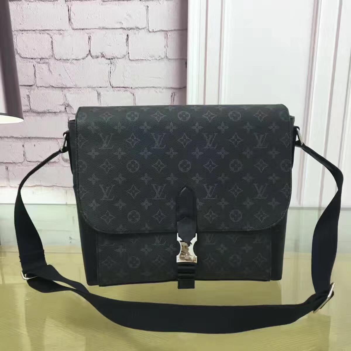 b808efd34b25 The Best Louis Vuitton Men Replica Handbags Online Store
