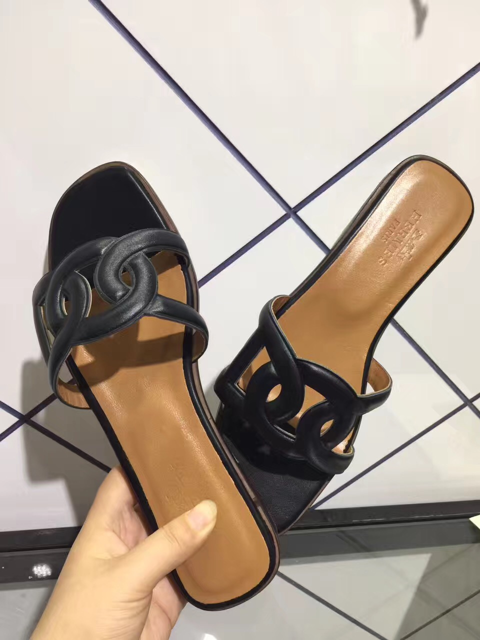 ce5bb0cca8d5 The Best Replica hermes shoes Is Waiting For You